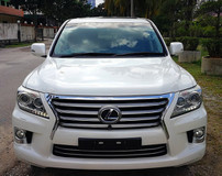 2013 LEXUS LX570 2013  LEXUS LX 570 5.7 PETROL FULL UK SPEC UNREG