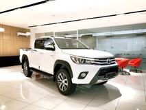 2017 TOYOTA HILUX DOUBLE CAB STANDARD BODY