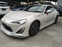 2013 TOYOTA FT-86 GT86 WHITE EDITION BODYKIT SPEC