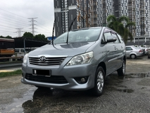 2013 TOYOTA INNOVA 2.0 (A) EXCELLENT CONDITION .