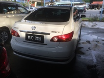 2010 NISSAN SYLPHY 2.0