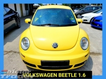 2010 VOLKSWAGEN BEETLE MINI SIZE HATCHBACK ACCIDENT FREE