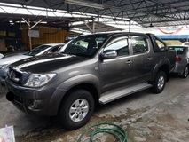 2010 TOYOTA HILUX 2010 Toyota Hilux 2.5 (A) One Single Owner