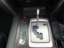 2014 TOYOTA LAND CRUISER 4.6 AX.G. Price NEGOTIABLE. Provide Highest LOAN. Provide WARRANTY. Porsche Range Rover Prado. ZX