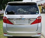 2013 TOYOTA ALPHARD 2013 TOYOTA ALPHARD 2.4A JAPAN SPEC UNREG SELLING WITH GST ( RM 158000.00 NEGO ) CAR BODY  SILVER