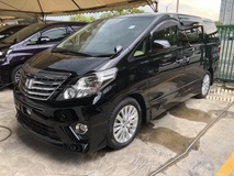 2013 TOYOTA ALPHARD 2.4 SC Edition GST Inclusive Pilot Seat Automatic Power Boot 2 Power Door Memory Seat Body Kit Unreg