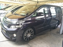2013 TOYOTA VELLFIRE 2.4 2 ELECTRIC SEATS POWER BOOT