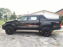 2015 TOYOTA HILUX ORI MILLE ORI YR MADE ORI PAINT 1 OWNER ONLY