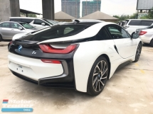 2016 BMW I8 1.5 e-Drive L3 Turbocharged + Hybrid Synchronous Motor 360 Surround Camera Head Up Display Harman Kardon Premium Sound Adaptive Intelligent LED Multi Function Paddle Shift Steering Drive Selection Pre Collision Safety Unreg