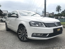 2014 VOLKSWAGEN PASSAT 1.8 (A) FULL SEVICE REKOD LIKE NEW WARANTY 3 YAER