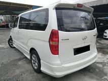2009 HYUNDAI STAREX  2.5 (A) Royale MPV