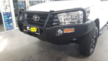 4WD FRONT BULL BAR