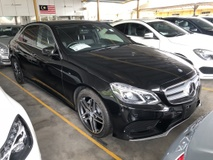 2013 MERCEDES-BENZ E-CLASS E250 2.0 AMG Edition Turbocharged 211hp 7G-Tronic Distronic Pre Crash 2 Memory Seat Smart Entry Push Start Button Intelligent Bi LED Paddle Shift Steering Bluetooth Connectivity Reverse Camera Climate Control Unreg