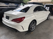2014 MERCEDES-BENZ CLA CLA200 CLA180 AMG Edition 7G-DCT Turbocharged Distronic Plus Memory Bucket Seat Multi Function Paddle Shift Steering Daytime LED Xenon Reverse Camera Bluetooth Connectivity Unreg