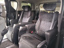 2015 TOYOTA ALPHARD 2.5 SC 360 VIEW CAM POWER BOOT PILOT SEATS