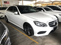 2015 MERCEDES-BENZ E-CLASS E250 2.0 AMG Fully Loaded Edition Panoramic Roof 4 Surround Camera Smart Entry Push Start Button 2 Memory Seat Distronic Plus Intelligent Bi LED Paddle Shift Steering Bluetooth Connectivity Unreg