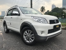 2012 TOYOTA RUSH S 1.5 (A) FULL SPEC WITH FULL SEVICE REKOD BOOK LIKE NEW