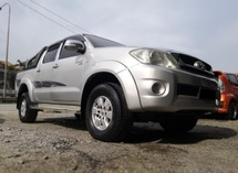 2010 TOYOTA HILUX 2.5 G (A) TIPTOP CONDITION