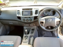 2013 TOYOTA HILUX DOUBLE CAB 2.5G VNT (AT) TOWN USED, NO OFF ROAD, FULL LOAN, ABS, AIRBAG, SPORT RIMS, ACC FREE, PJ LOCATION
