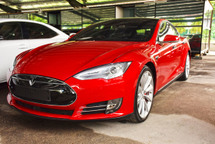 2015 TESLA MODEL S P85D UK SPEC FULL