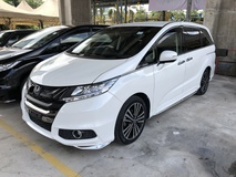 2014 HONDA ODYSSEY 2.4 Absolute i-VTEC Earth Dream Direct Injection 7 Seat 2 Power Door Intelligent Bi LED Electrical Power Seat Multi Function Paddle Shift Steering Smart Entry Bluetooth Connectivity Unreg
