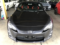 2014 TOYOTA 86 GT 86 2.0 Boxer D-4S 200hp 6 Speed LSD VSC Sport Push Start Button HVAC Paddle Shift Steering HID Light Zone Climate Control Twin Exhaust Reverse Camera 1 Year Warranty Unreg
