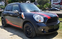 2013 MINI 5 DOOR 2013 MINI COUNTRYMAN 1.6A JAPAN SPEC UNREG CAR SELLING PRICE ( RM 108000.00 NEGO ) CAR BODY  BLACK