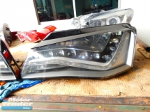 AUDI A8 HEAD LAMP Half-cut
