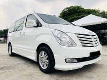 2011 HYUNDAI GRAND STAREX FULL LOAN TIPTOP CONDITION