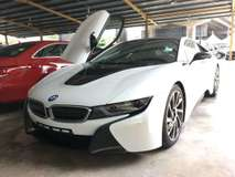 2016 BMW I8 1.5 TURBO HYBIRD  228 HP  PUSH START PADDLE SHIFT MULTI FUNCTION STEERING NEW iDRIVE BUCKET LEATHER