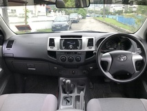 2013 TOYOTA HILUX 2.5 VNT (A) ONE OWNER LOW MILLAGE LIKE NEW