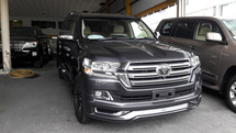 2016 TOYOTA LAND CRUISER 4.6 ZX PETROL NEW MODEL