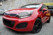 2013 KIA RIO 1.4 (A) CKD 2AIRBAGS SPORTS