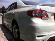 2012 TOYOTA ALTIS 1.8 AUTO Lady Owner,FaceLift,Pearl White,4 Disc.Barke,Tip Top Condition…..