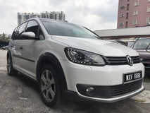 2013 VOLKSWAGEN CROSS TOURAN 1.4 (A) TSI PanoramicRoof