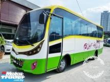 2011 Bus Hino  XZU 4.0CC