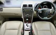 2010 TOYOTA ALTIS 2.0 V FULL SPEC  LEATHER SEATS  GOOD CONDITION