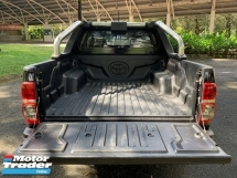 2013 TOYOTA HILUX DOUBLE CAB 2.5G (AT) FACE LIFT 4WD 1 OWNER