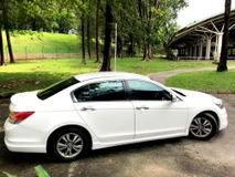 2010 HONDA ACCORD 2.0 VTI-L POWER SEAT 1 OWNER LOW MILEAGE