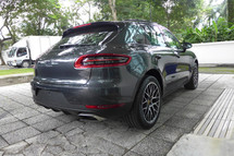2017 PORSCHE MACAN 2.0 TURBO