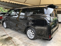 2015 TOYOTA VELLFIRE 2.5 ZA Edition 4 Surround Camera 7 Seat Automatic Power Boot 2 Power Door Intelligent LED Smart Entry Push Start 3 Zone Climate Control Auto Cruise Control 9 Air Bag Unreg