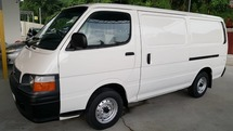 2000 TOYOTA HIACE 2.5 DIESEL PANEL VAN MUST VIEW