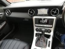 2011 MERCEDES-BENZ SLK 200 amg jepun spec