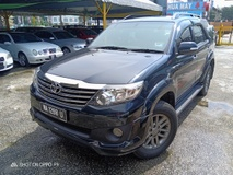 2014 TOYOTA FORTUNER 2014 Toyota FORTUNER 2.7 V TRD SPORTIVO (A)