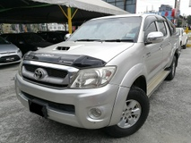 2010 TOYOTA HILUX DOUBLE CAB 3.0G (AT)