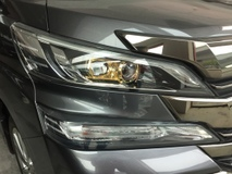 2017 TOYOTA VELLFIRE 3.5cc V6 GOLDEN EYES SPEC UNREG