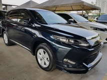 2015 TOYOTA HARRIER 2.0 Premium 4 camera Power Boot Unregistered