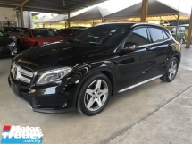 2017 MERCEDES-BENZ GLA GLA200 GLA180 AMG Edition Turbocharged 7G-DCT 2 Memory Seat Smart Entry Push Start Button Paddle Shift Steering Automatic Power Boot Intelligent LED Pre Crash Bluetooth Connectivity Unreg