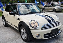2014 MINI 3 DOOR 2014 MINI COOPER 1.6A JAPAN SPEC UNREG CAR SELLING PRICE ONLY ( RM 99,000.00 NEGO ) CAR BODY - WHITE