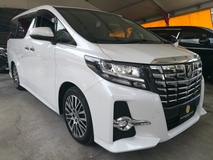 2017 TOYOTA ALPHARD 2017 TOYOTA ALPHARD 2.5 SC SUNROOF LOCAL FM MONITOR PEARL WHITE UNREG  17